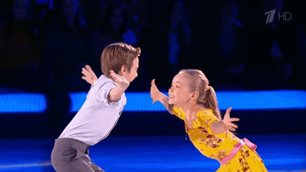 two kids ice skating